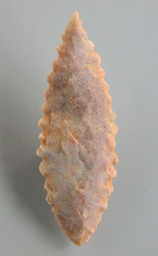 Bifacially worked neolithic arrowhead